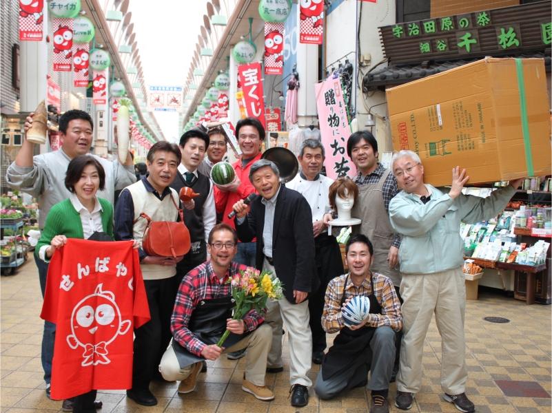 千林商店街はなぜ面白い?日本一元気な大阪の商店街の強さの秘訣を探る ...