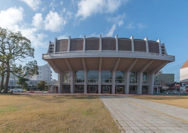 村野藤吾「米子市公会堂」。市民の力で閉鎖から一転、リニューアルへ ...